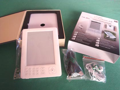 Unboxing del Nilox Cosmo PocketBook 2.0