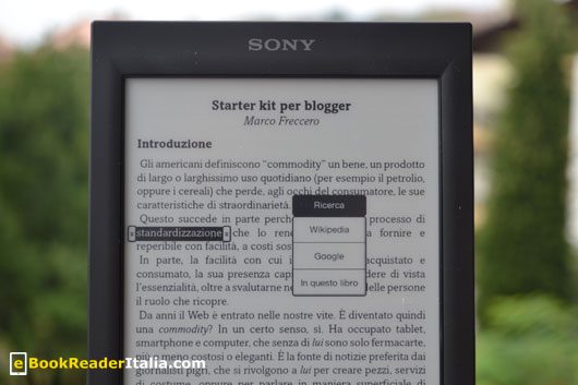 Sony PRS-T2 è privo del dizionario italiano.