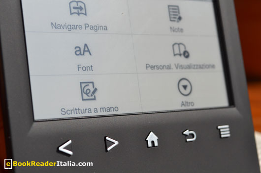 Sony PRS-T2: i tasti meccanici sotto lo schermo
