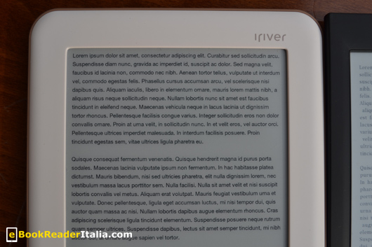 iRiver Story HD: visualizzazione di testo con il corpo carattere più piccolo