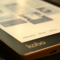 Il Kobo Aura distribuito da Mondadori – foto e prime impressioni