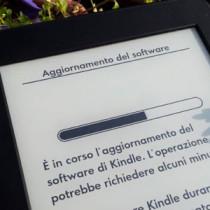 Amazon: aggiorna Kindle PW e punta a un futuro di schermi leggeri
