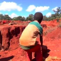 La nostra moda dello smartphone ha costi umani: coltan e bambini in Congo
